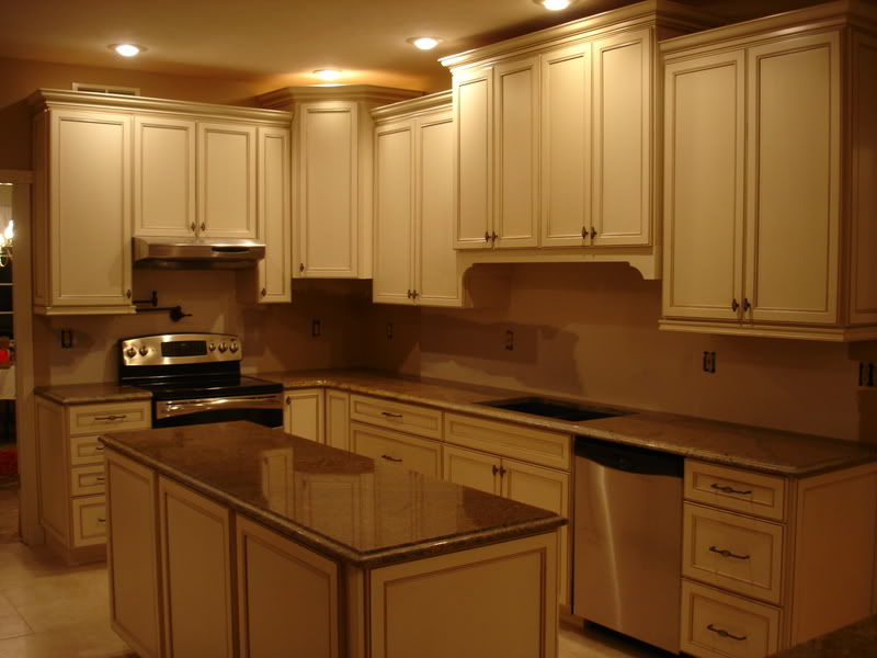 ... Beautiful Staggered Cabinets